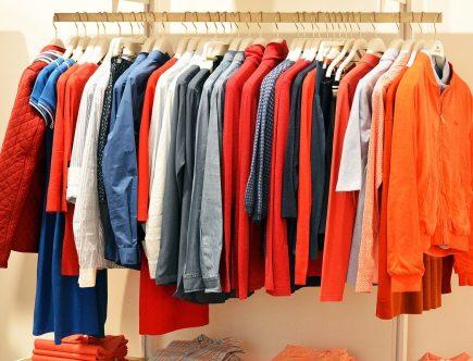 Tips om tweedehands kleding te scoren als een pro
